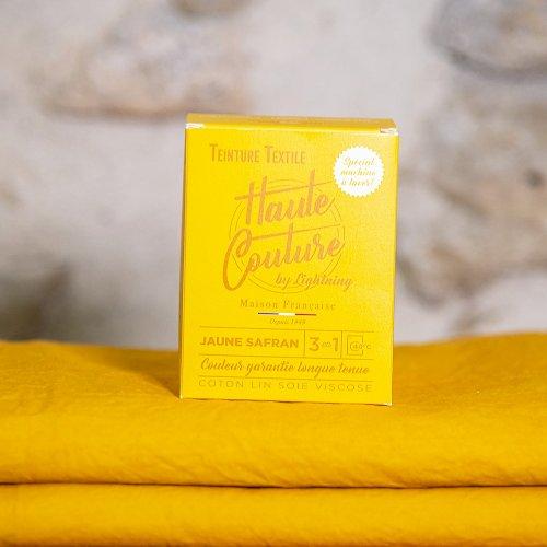⚡ Coup de foudre pour le jaune safran ⚡  Il est important d'apporter toujours une couleur vive au cœur de votre maison ou votre garde-robe ! Cette couleur fait aussi partie des couleurs les plus tendances de la rentrée 2021 d'après Grazia ! ⭐ __ #madeinfr